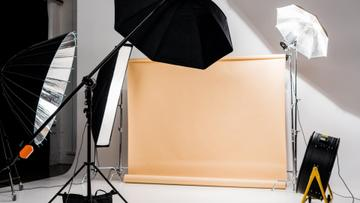 Photographic equipment in empty Studio