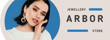 Jewelry Offer Woman in Stylish Earrings